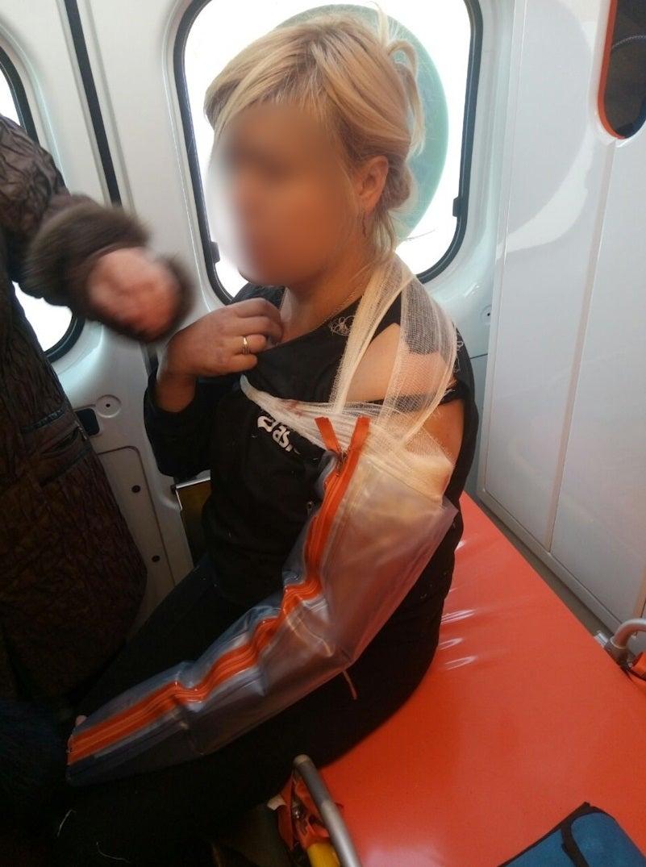 Российские террористы ранили женщину