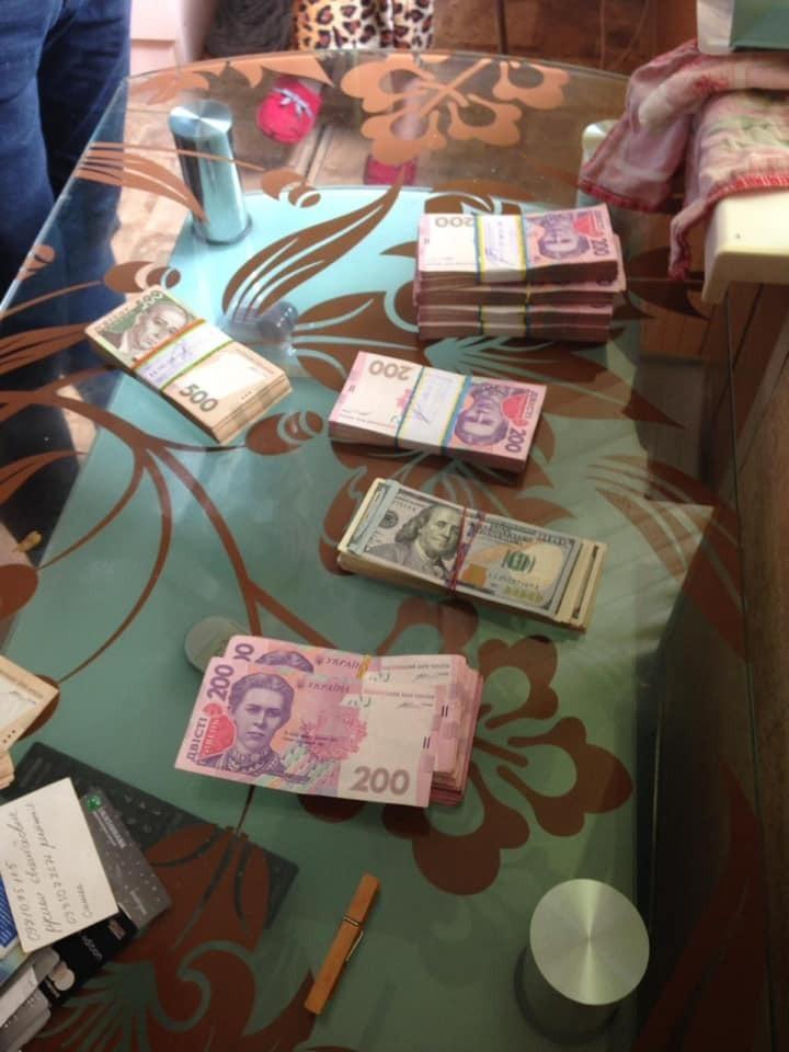 Сотрудники Васильковской районной госадминистрации разворовывали бюджет